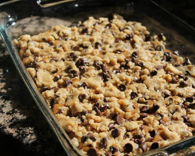 Salted Caramel Chocolate Chip Cookie Bars - Foody Schmoody Blog ...