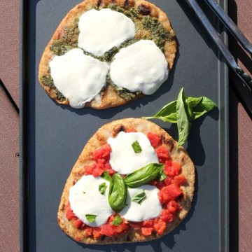 Grilled Naan Pizzas