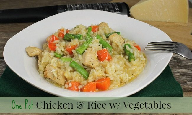 One Pot Chicken and Rice {with vegetables}