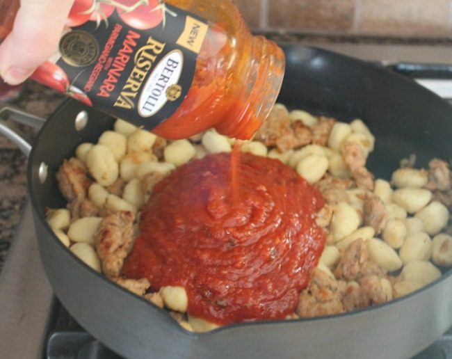 Chicken sausage gnocchi skillet meal viva bertolli foody schmoody chicken sausage gnocchi skillet meal viva bertolli forumfinder Gallery