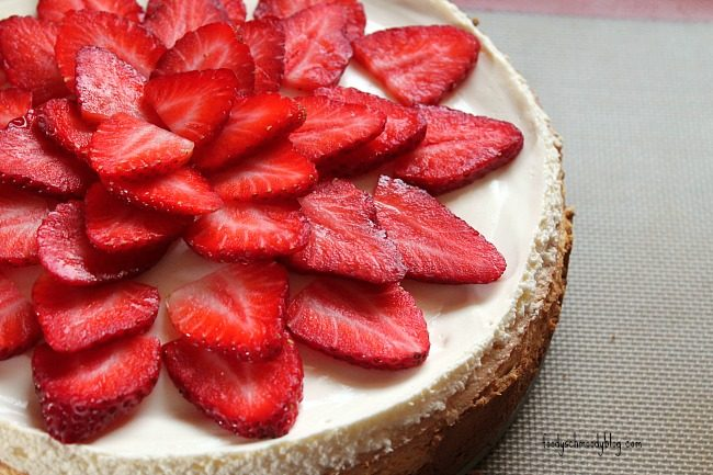 Chocolate Covered Strawberry Cheesecake - Foody Schmoody Blog | Foody ...