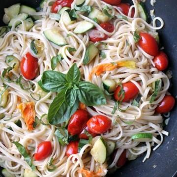 garden vegetable summer pasta