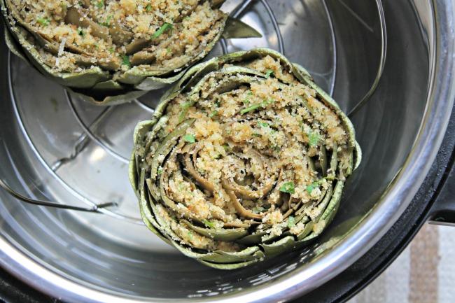 artichokes stuffed steamed