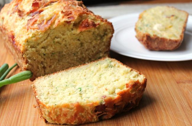 cheddar garlic zucchini bread