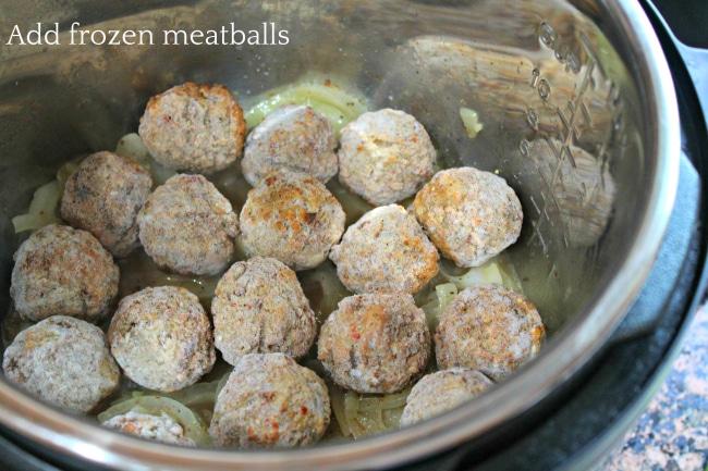 Meatballs in Gravy Step 3