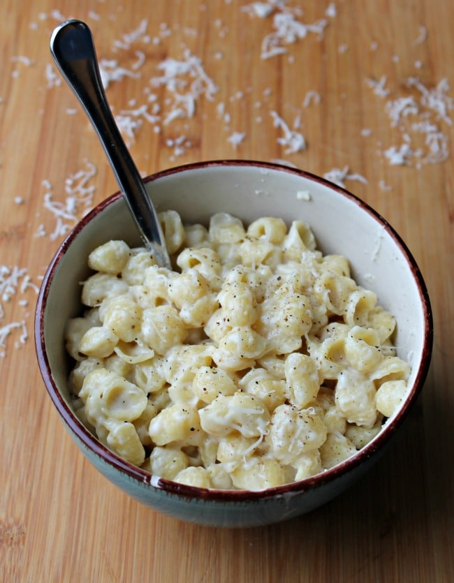 garlic shells in bowl with spoon