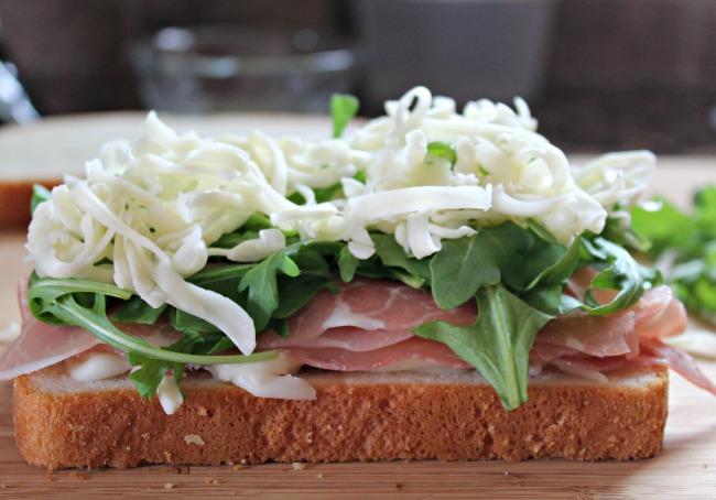 pepperidge farm sandwich arugula and cheese