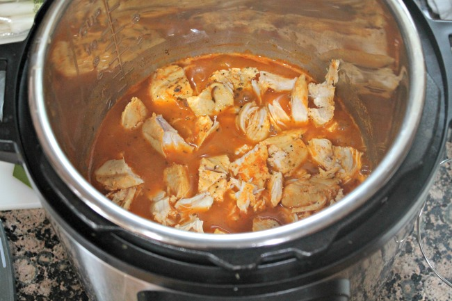 buffalo chicken rice bowl chicken cooked