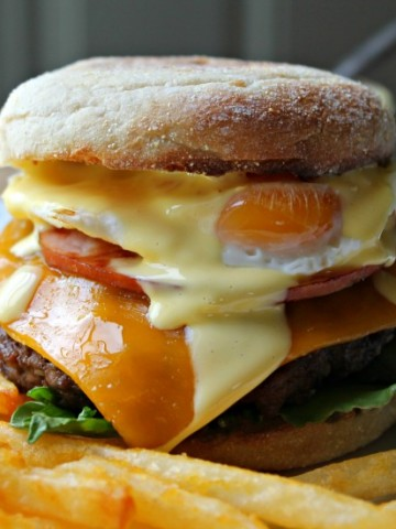eggs benedict burger plated