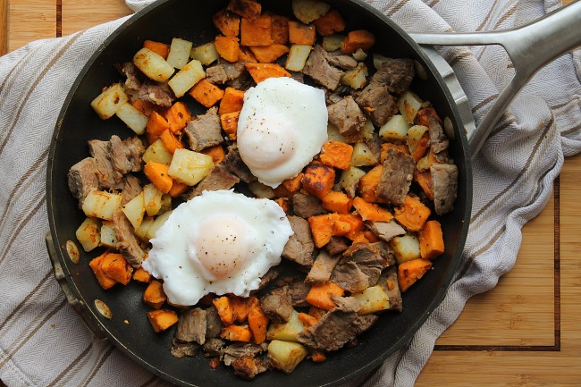 hash in pan with eggs