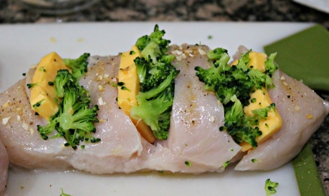 chicken stuffed with broccoli and cheese