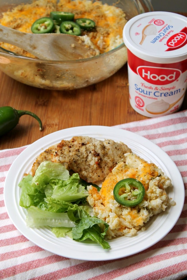 jalapeno popper rice plated with chicken